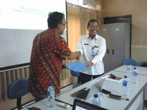 Pernyerahan Surat Perjanjian Kerja Sama (23 November 2017)
