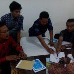STRATEGI PEMBERDAYAAN MASYARAKAT DESA DAN PEMBANGUNAN DESA DI JAWA TIMUR (Ali Sahab)
